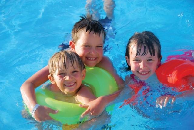 KidsSwimming1