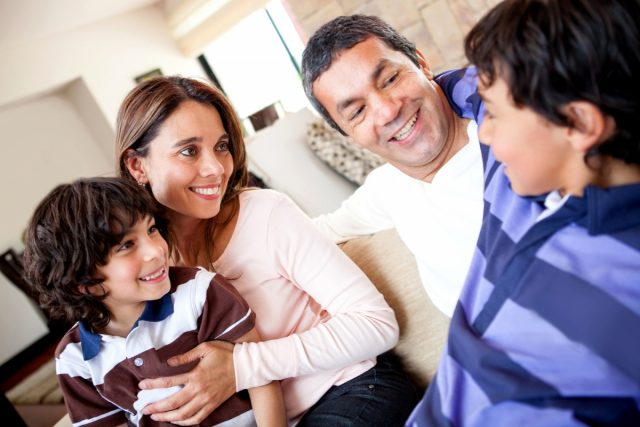 How to Build Open Communication between Parents and Children