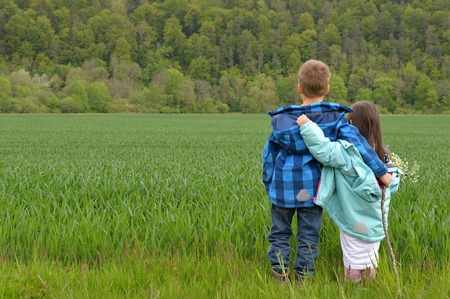 Improving the Sibling Bond between Your Childrenn