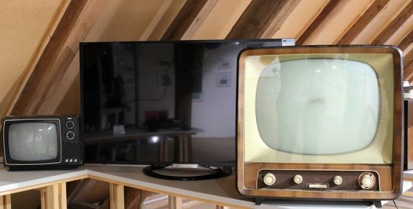 Old Television Sets