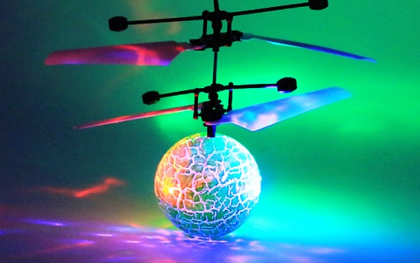 Whistlecopter LED Flying Ball
