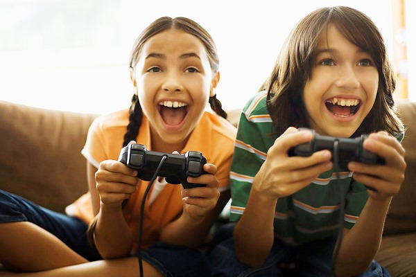 Children Interacting and Socializing via Gaming